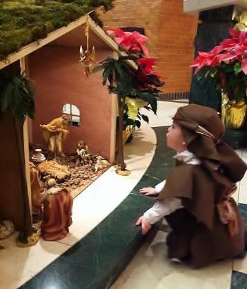 zachary-shepherd-christmaspageant-2012-358x419